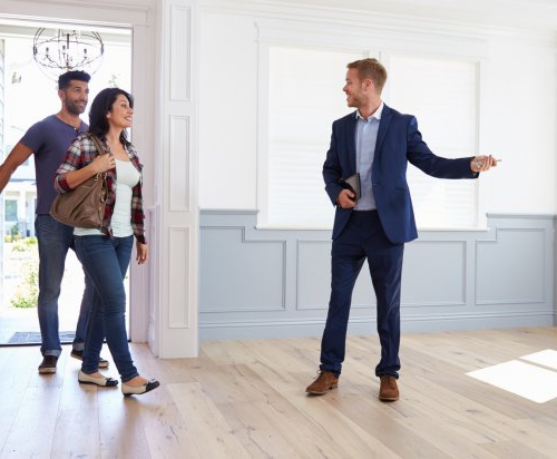 agent-immobilier-visite-habitation